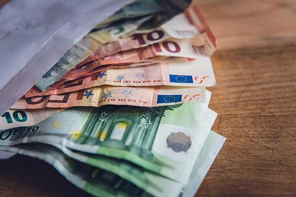 Bestuur en Financien